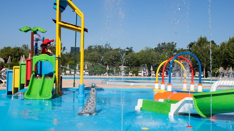 Kindergedeelte Kinderzwembad Waterspelen