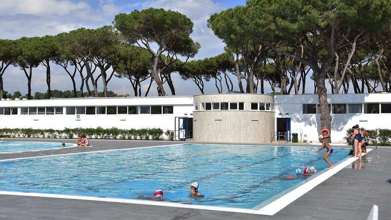 Schwimmbecken Poollandschaft