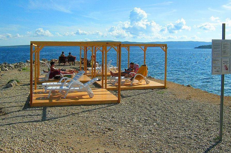 Ligstoelen lounge zee strand