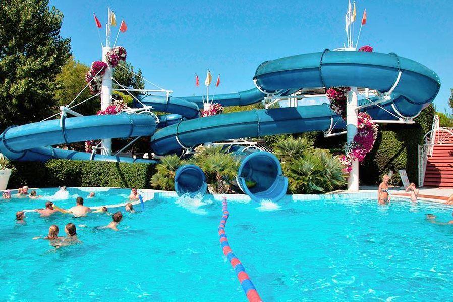 Zwemplezier voor jong en oud