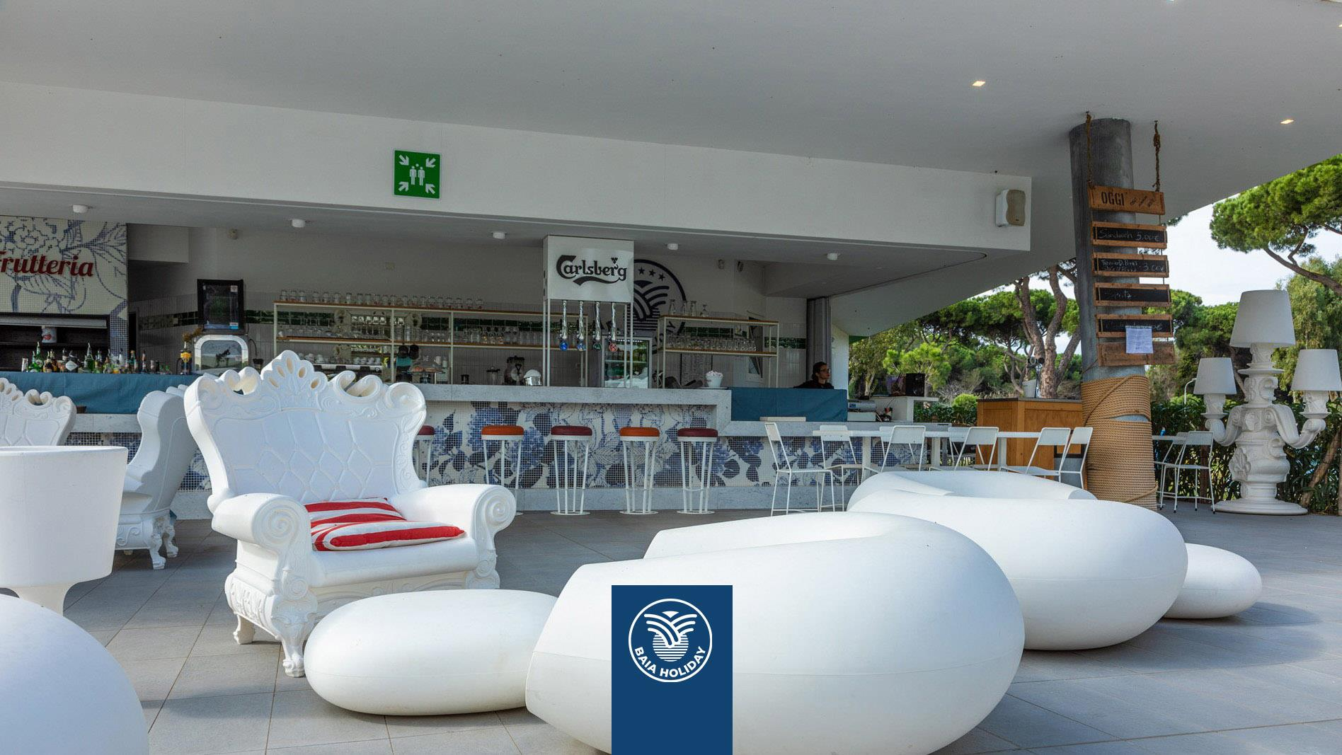 lounge meubilair restaurant bier alcohol champagne voedsel drinken