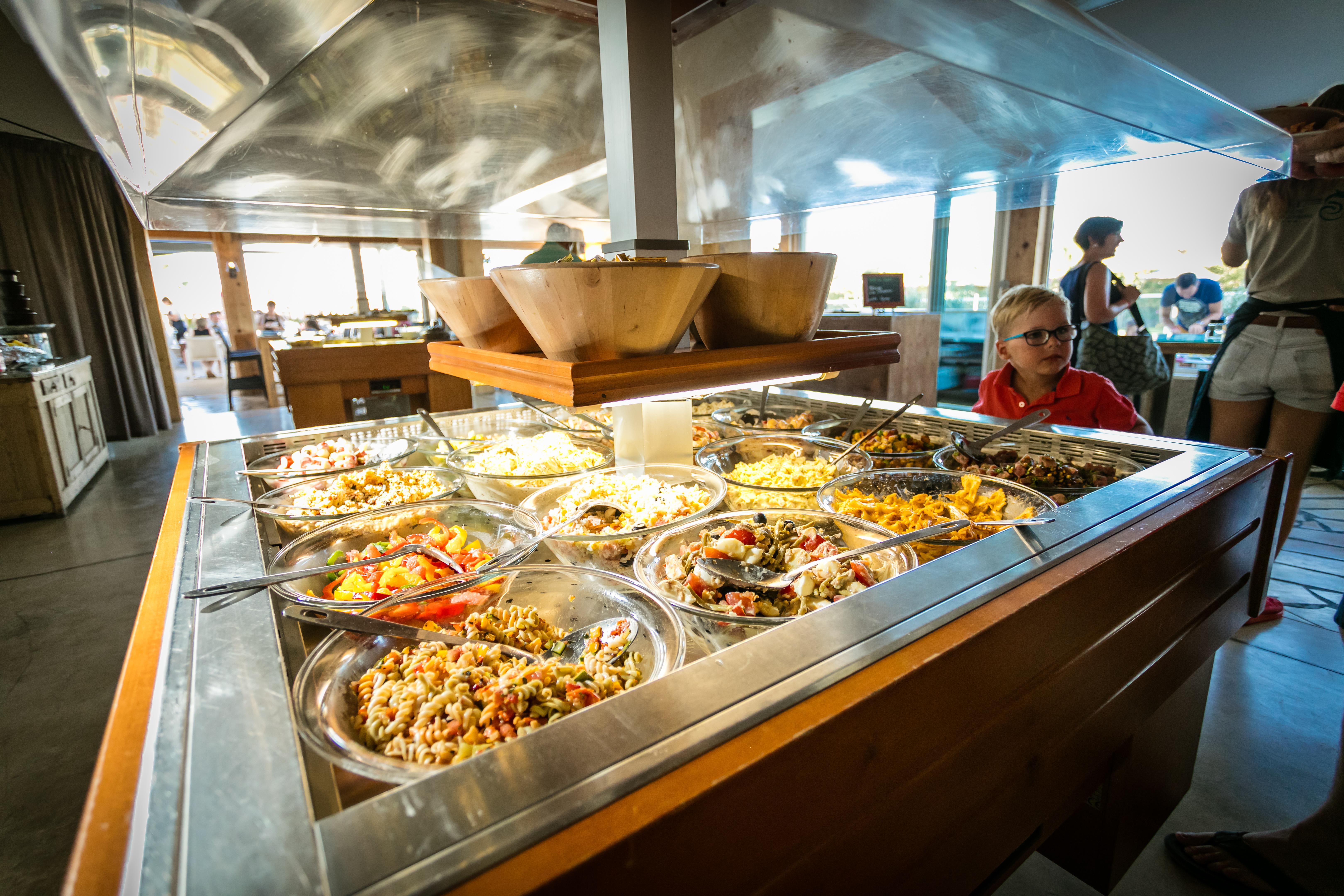 Restaurante de comida de buffet Ninos Barra de buffet Terraza